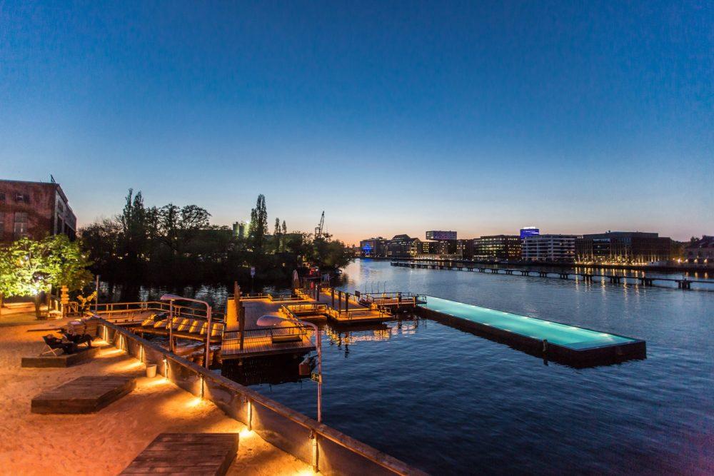 Badeschiff-bar-berlin