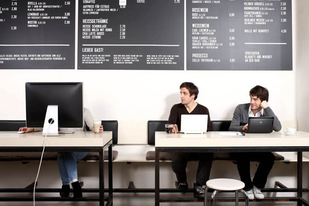 berlin-hipster-sankt-oberholz-cafe