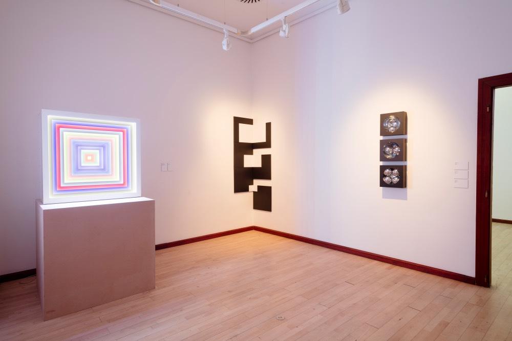 jiri-thyn-transformace-geometrie-galerie-praha-instalace