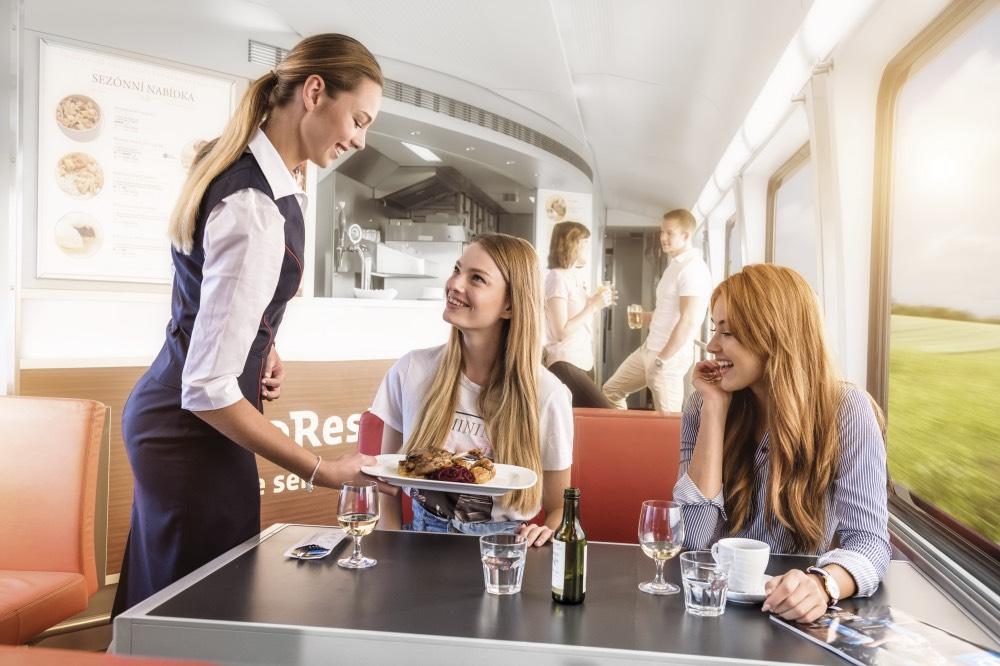 jlv-vlaky-servis-jidlo-gastronomie