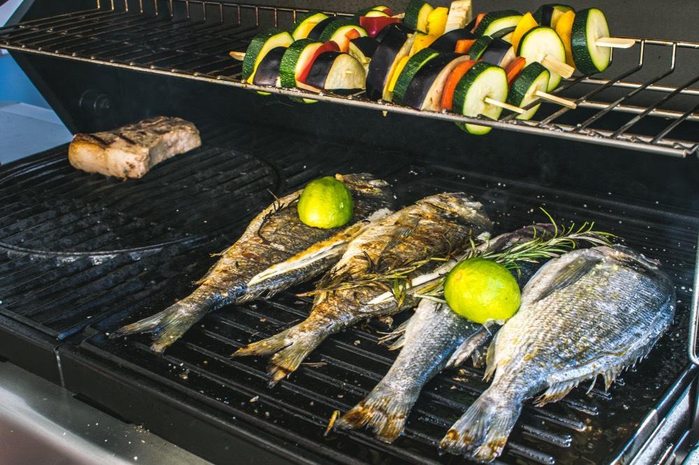 dream-food-bistro-praha8-gril-ryby