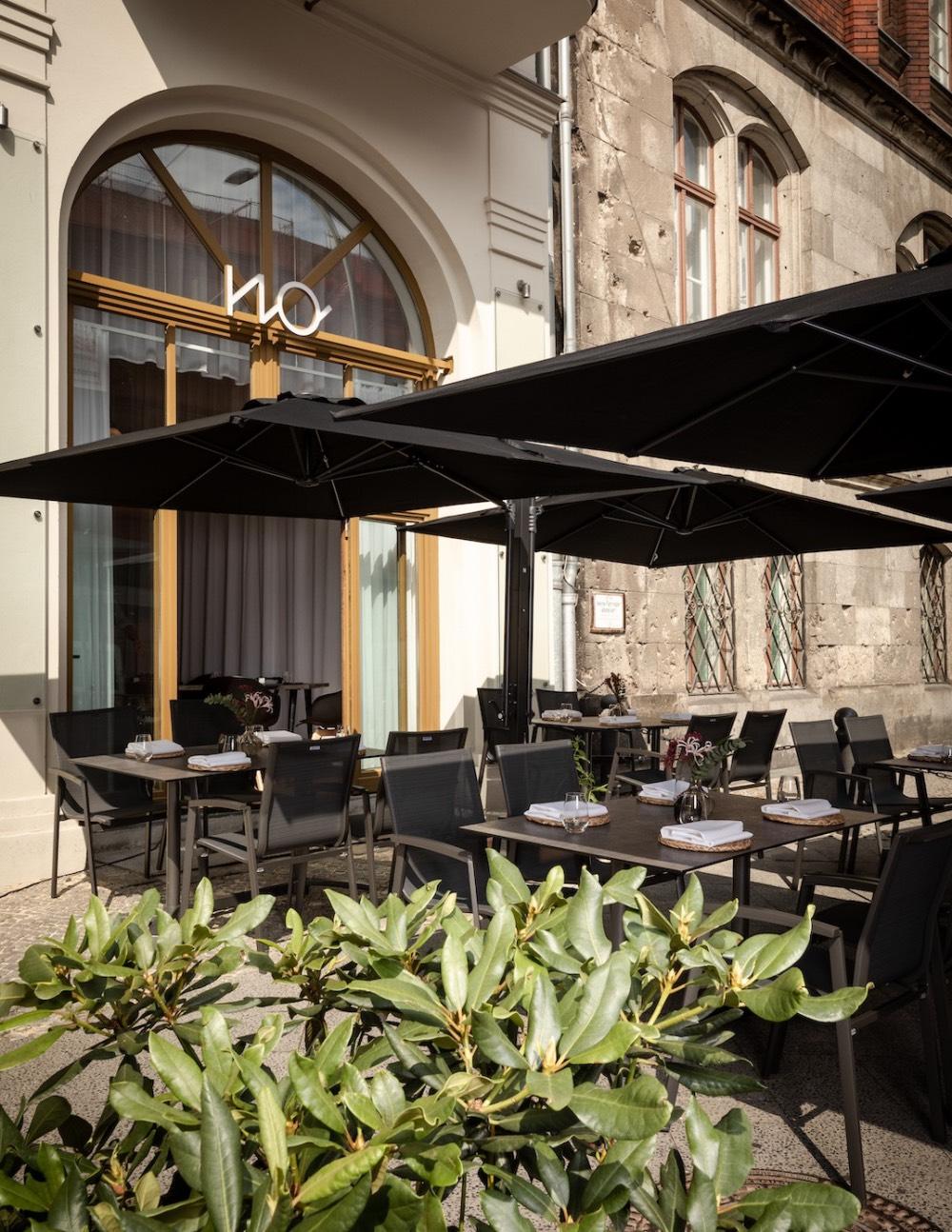 the-noname-restaurace-berlin-terasa