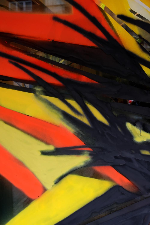street-art-dum-cerna-labut