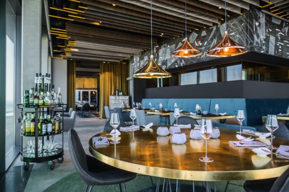 sky-kitchen-berlin-restaurace-2