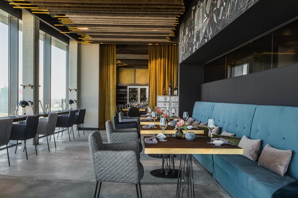 sky-kitchen-berlin-restaurace-3