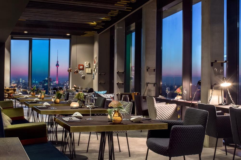 sky-kitchen-berlin-restaurace