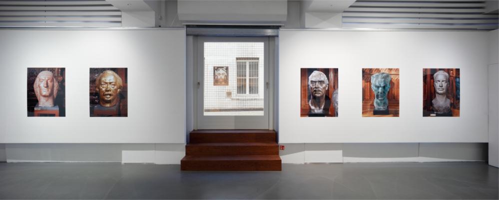 Sochařské portréty zvýstavy J/P/K