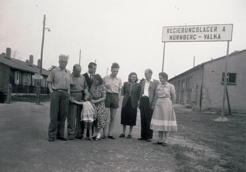českoslovenští uprchlíci vtáboře Valka u Norimberka
