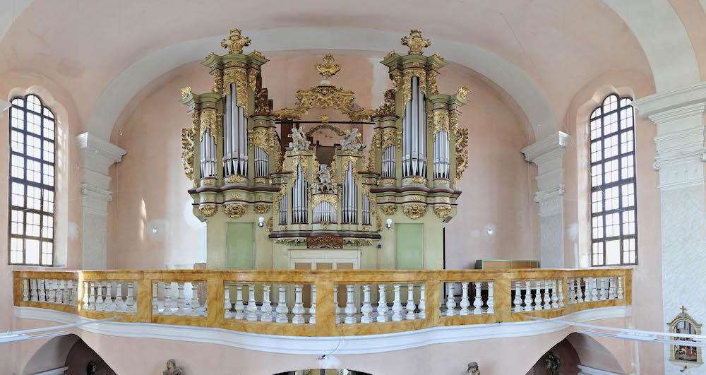 Varhany Dobrany