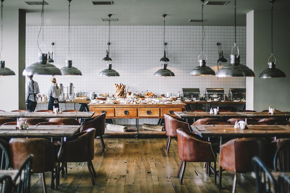 Prázdná restaurace